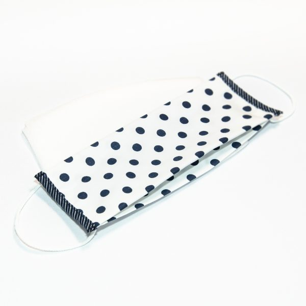 Mondkapje wit met grote blauwe stippen + 10 filters