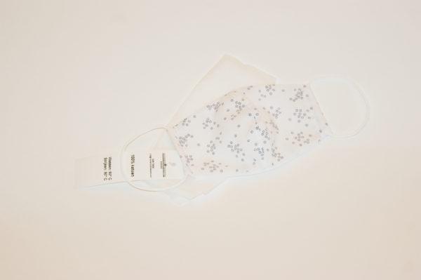 Mondkapje wit met bloemen voor kleuters
